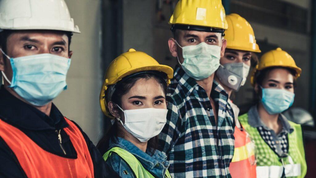 Миграционный учет и трудоустройство в период пандемии COVID-19